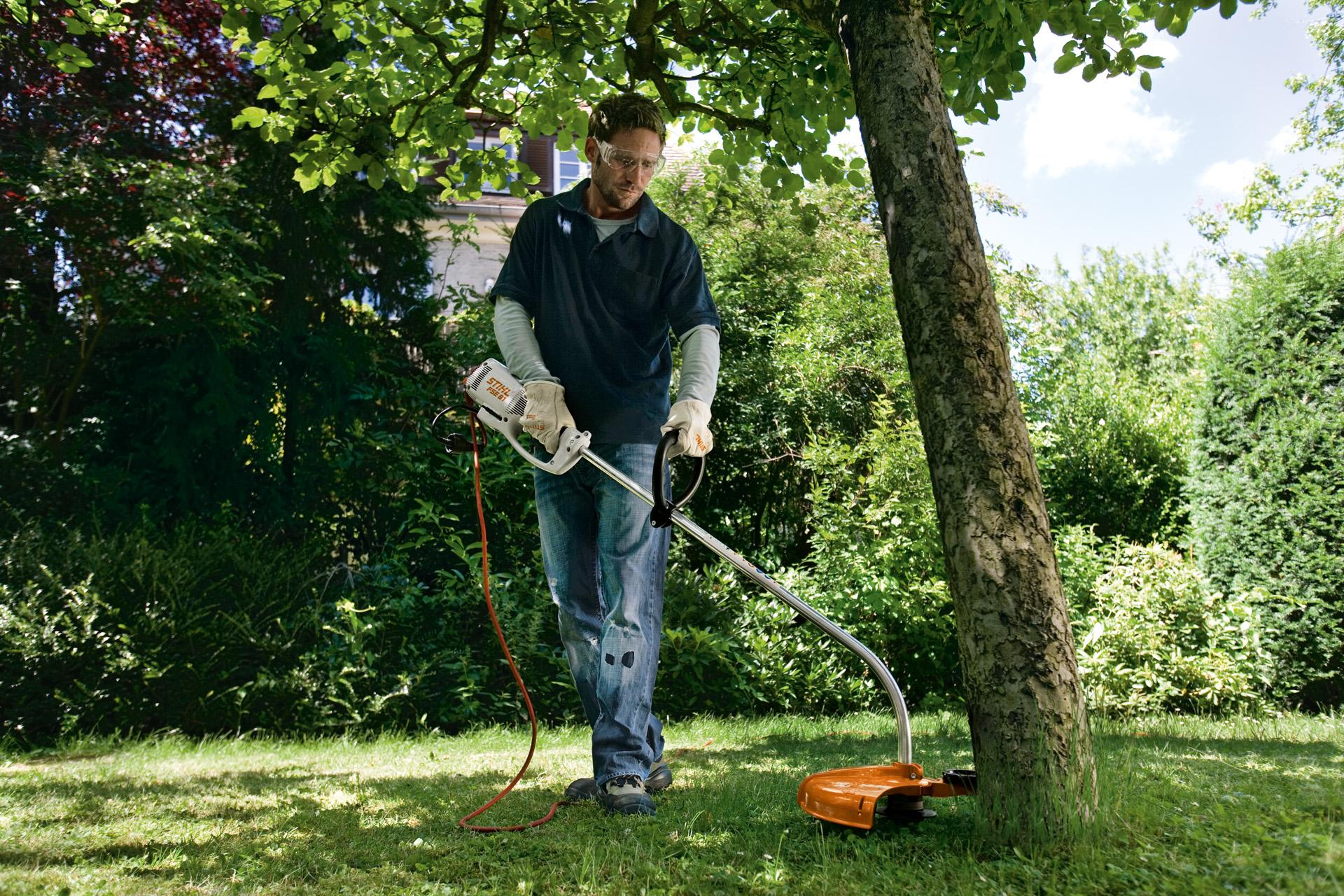 כלי גינון לכיסוח עשבים